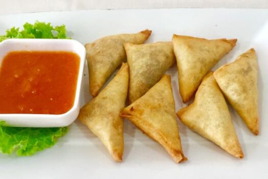Samosas filled with vegetables