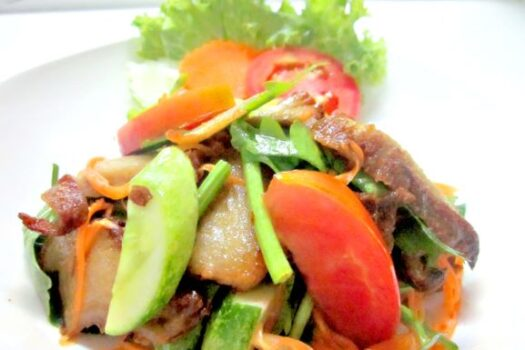 Roasted soy duck salad