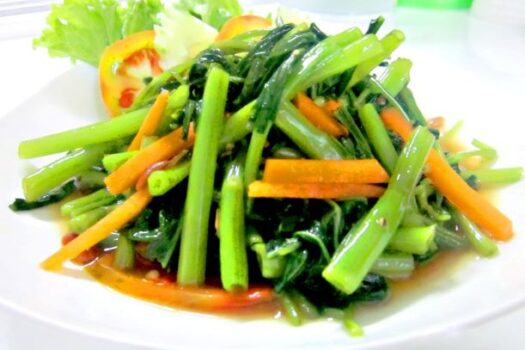 Fried morning glory (waterspinach)